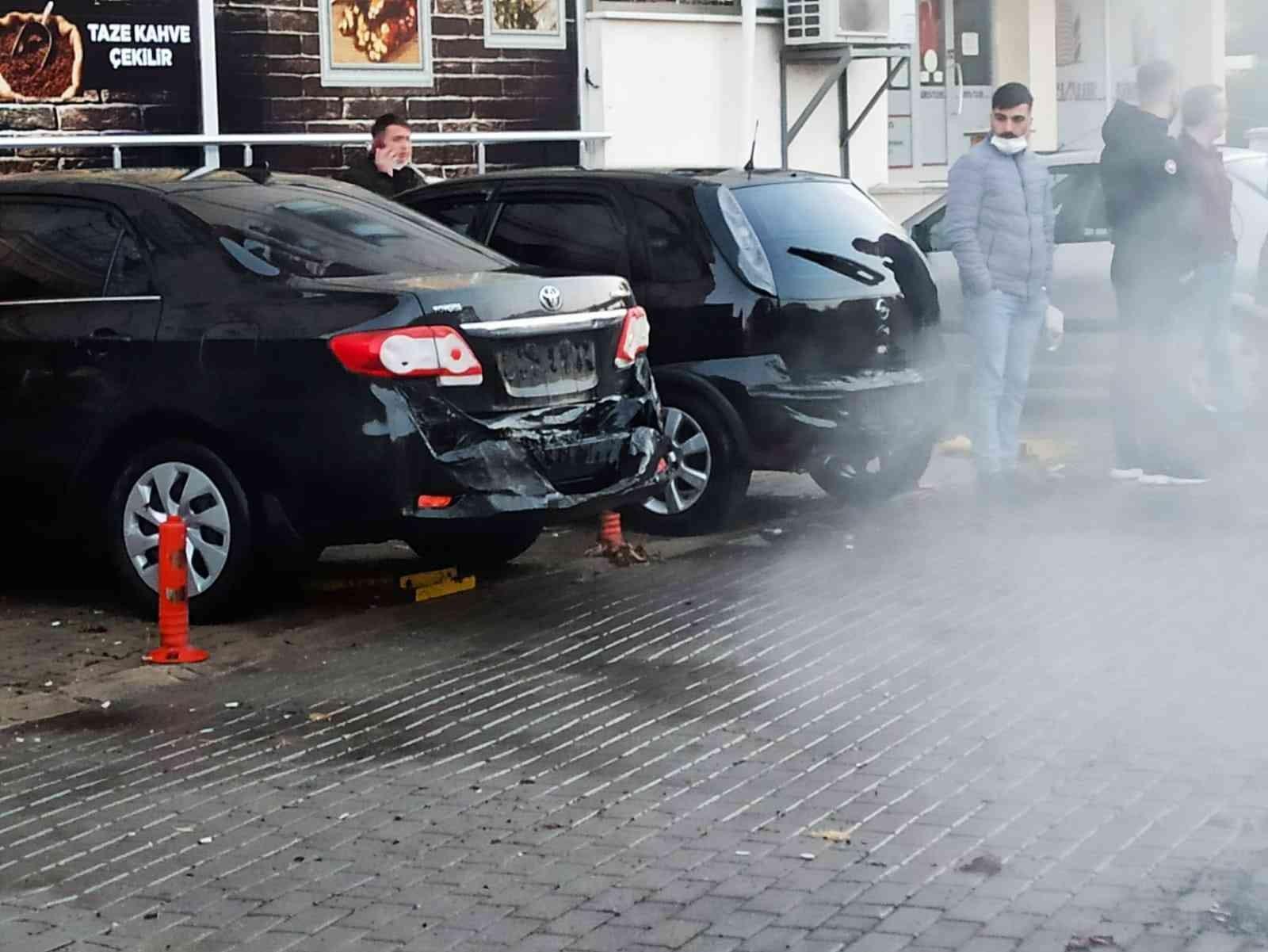 Kırklareli'nde seyir halindeki işçi servisi alev aldı, 30 işçi tahliye edildi