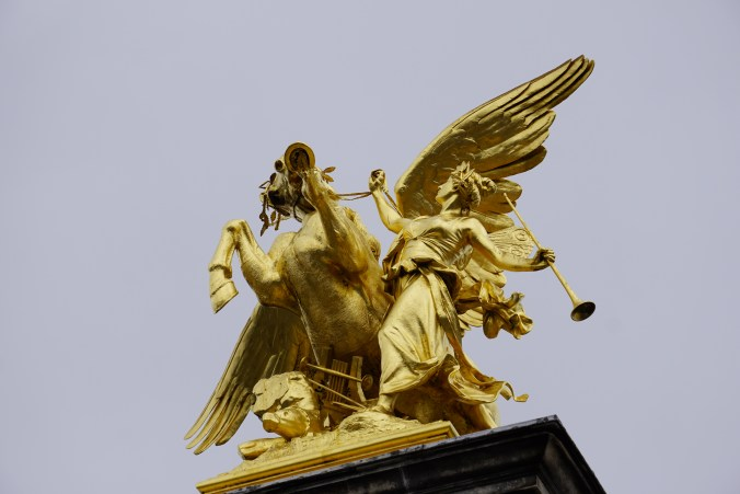 Statues atop Pont Alexander III
