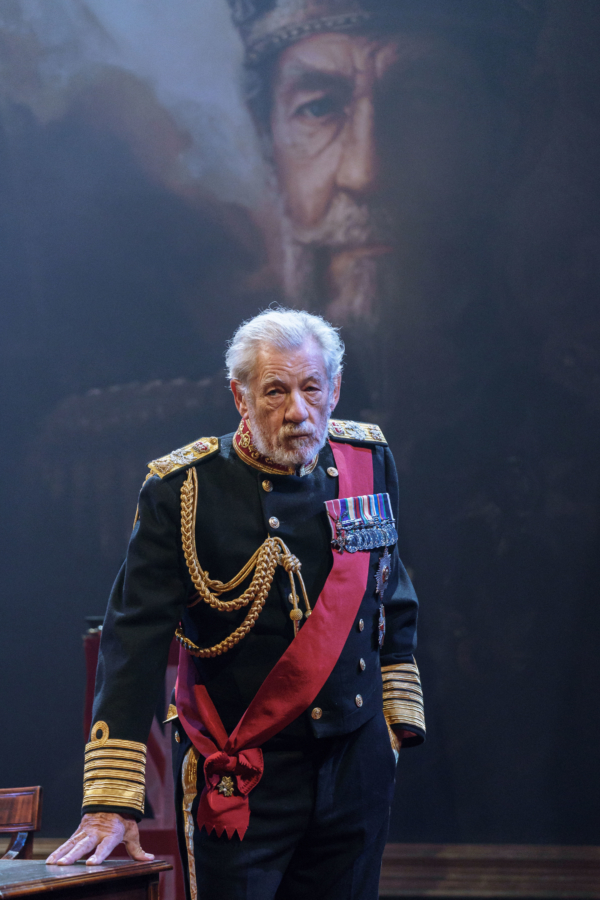 12 Ian McKellen in the title role of KING LEAR at Chichester Festival Theatre Photo Manuel Harlan DR2 31