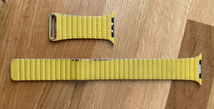Yellow band with wear