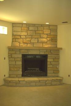 gas log-fireplace