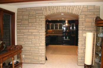 stone-wall-kitchen