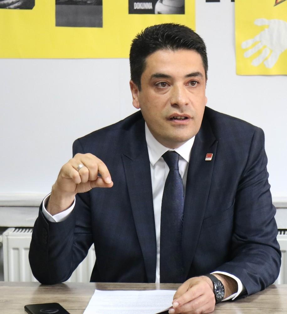 """CHP İl Başkanı Baran Genç, """"Ekonomi yükü vatandaşın sırtına yüklenmekte"""""""