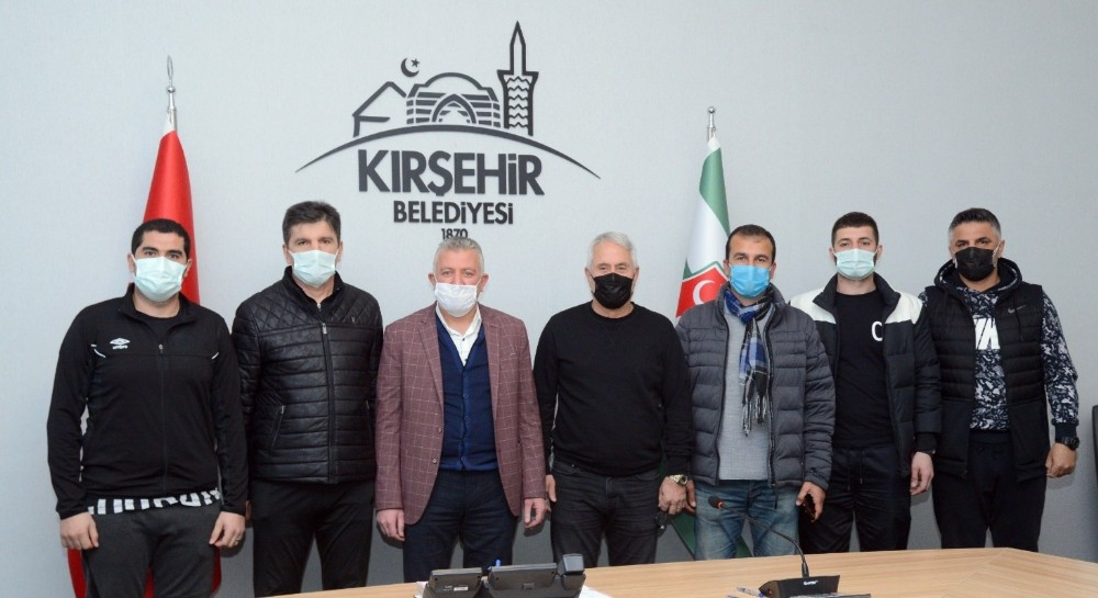 Kırşehir Belediyespor, Ercüment Coşkundere ile anlaştı