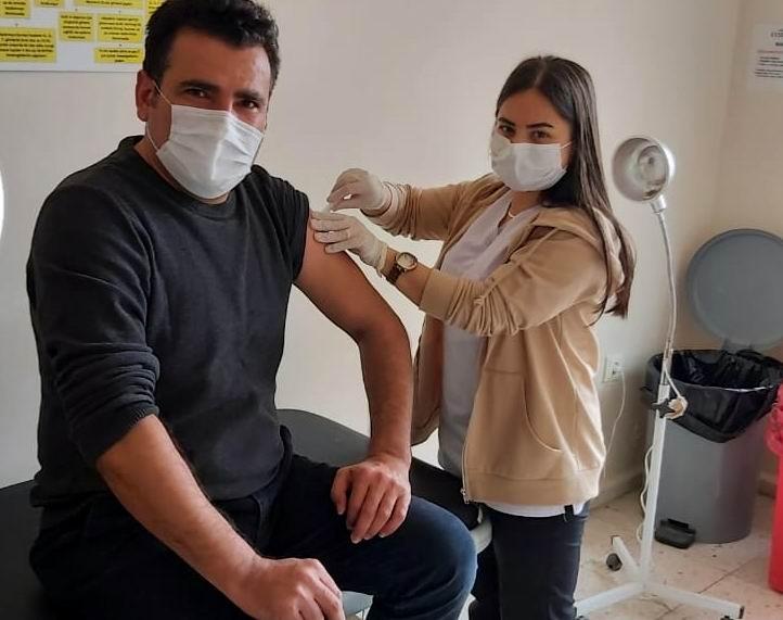 Sağlık Çalışanları Derneğinden 'Aşı Olun' Çağrısı
