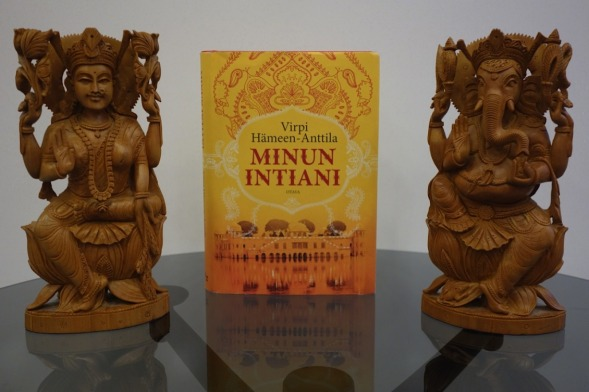 Minun Intiani ja muutama jumala.