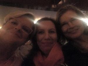 HelsinkiLitissä paikan päällä koko ajan Airi, Kirsi ja Minna.