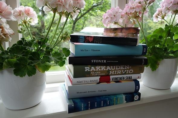 Airin pinossa on monta uutuutta: Saara Turusen Rakkaudenhirviö, Margaret Atwoodin Uusi maa ja Stoner. Mökkisaareen lähtee myös vuoden 2014 parhaaksi käännöskirjaksi Jarl Hellemann -kilpailussa valittu, nobelisti Mo Yanin Viinamaa, jonka on kääntänyt Riina Vuokko.