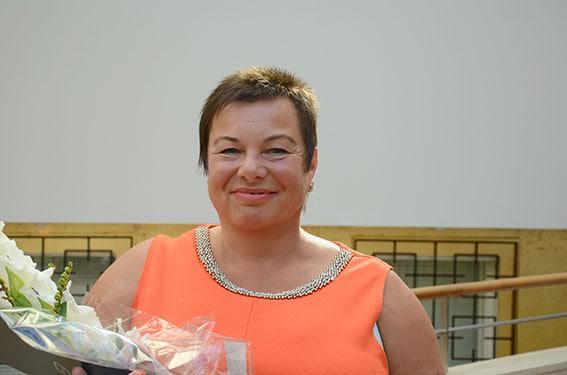 Netta Möller-Salmela Hangon kirjastosta