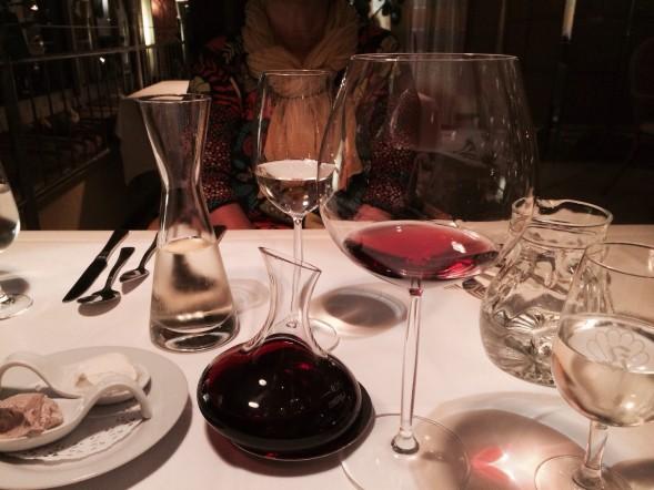 Badenin suosikkiviiniksi valikoitui Grau Spätburgunder ja Alde Gott -viinimerkki. Zum Wohl!