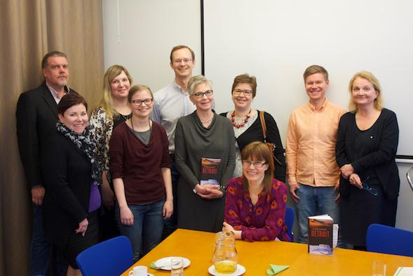 Nordic Morningin lukupiiriläiset ja Katri Lipson