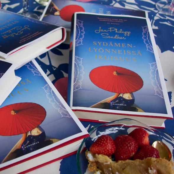 Kirsin Book Clubin kesäkuun 2016 kirja