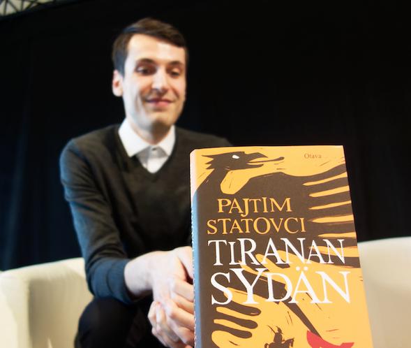 Pajtim Statovci kertoi, että kirjoitti Tiranan sydäntä yhtäaikaisesti Kissani Jugoslavian kanssa.