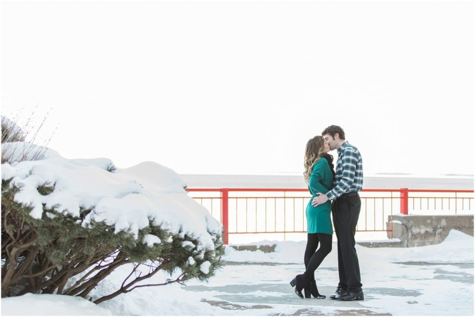 Duluth Minnesota winter engagement photos by Kirsten Shelton. Click here for more images from this session!