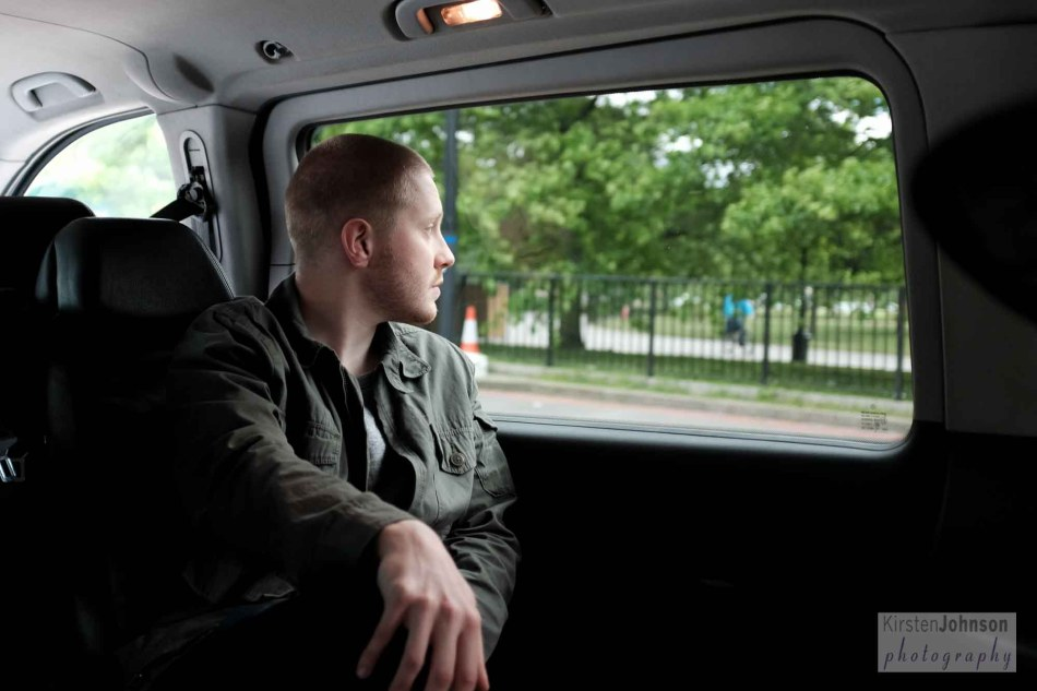 Luke in the taxi to Buckingham Palace
