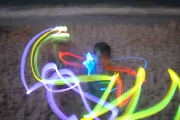 How to take glow stick photos at night
