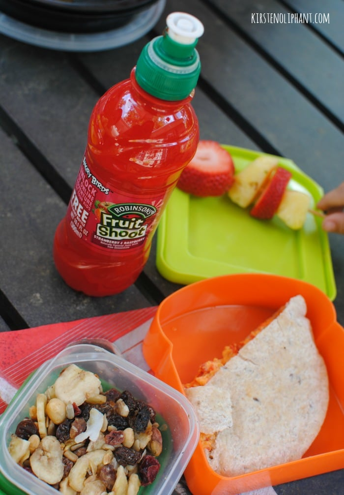 Picnics are great with reach-ready food and drink! #sponsored