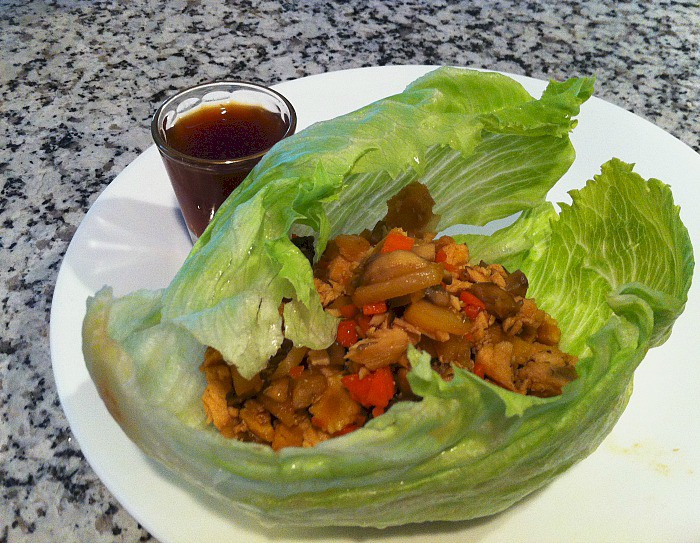 This great recipe for lettuce wraps will be a hit in your house. #blogfilmfood