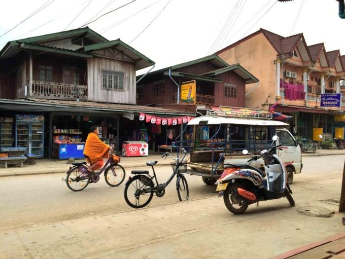 Laos.Vang-Vien-gade