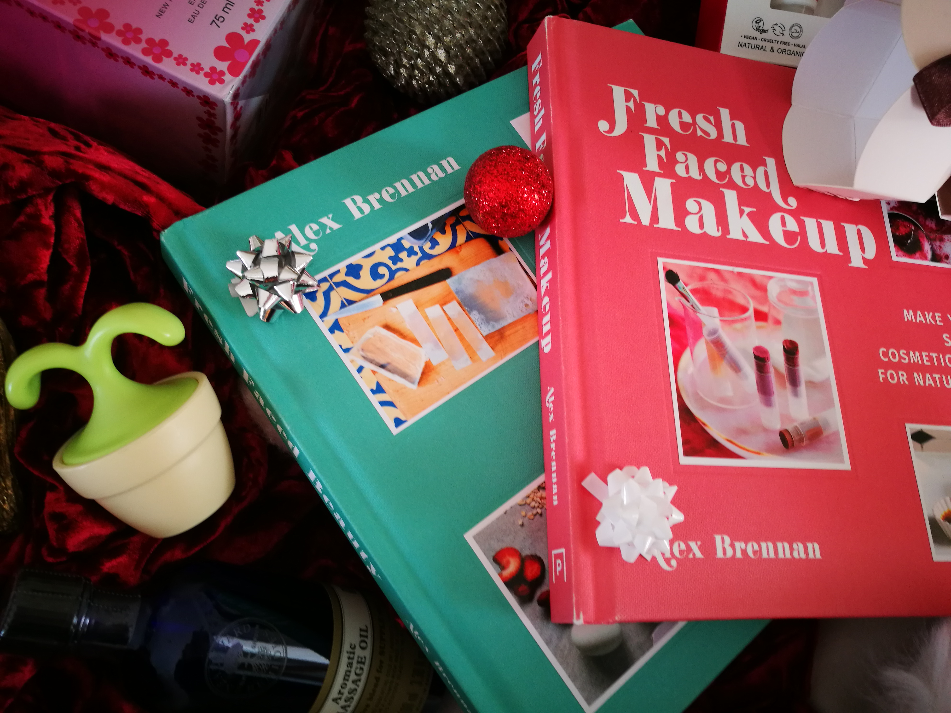 Fresh Faced Beauty /Makeup Books Christmas Gift Guide