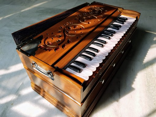 Temple Harmonium – Indian Reeds