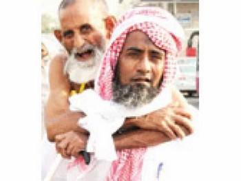 Muhammad Rasyid dan ayahnya yang sudah berusia 80 tahun.