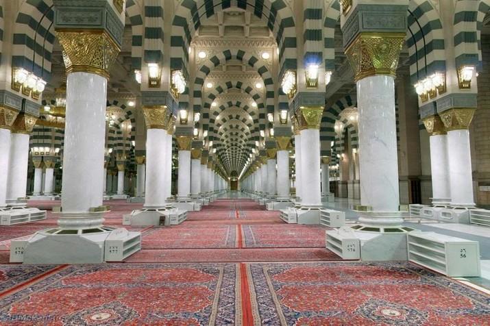 Pilarpilar Bersejarah di Raudhah Masjid Nabawi  Cerita