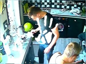 Poltergeist terrorizált egy családot, kamerákat raktak a házba, hogy felvegyék… sikerült!