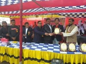 নান্দাইলে সিংরইল পল্লী উন্নয়ন ফাউন্ডেশনের উদ্যোগে সেরা শিক্ষক হাফিজ উদ্দীন ও শিক্ষার্থী সংবর্ধনা প্রদান