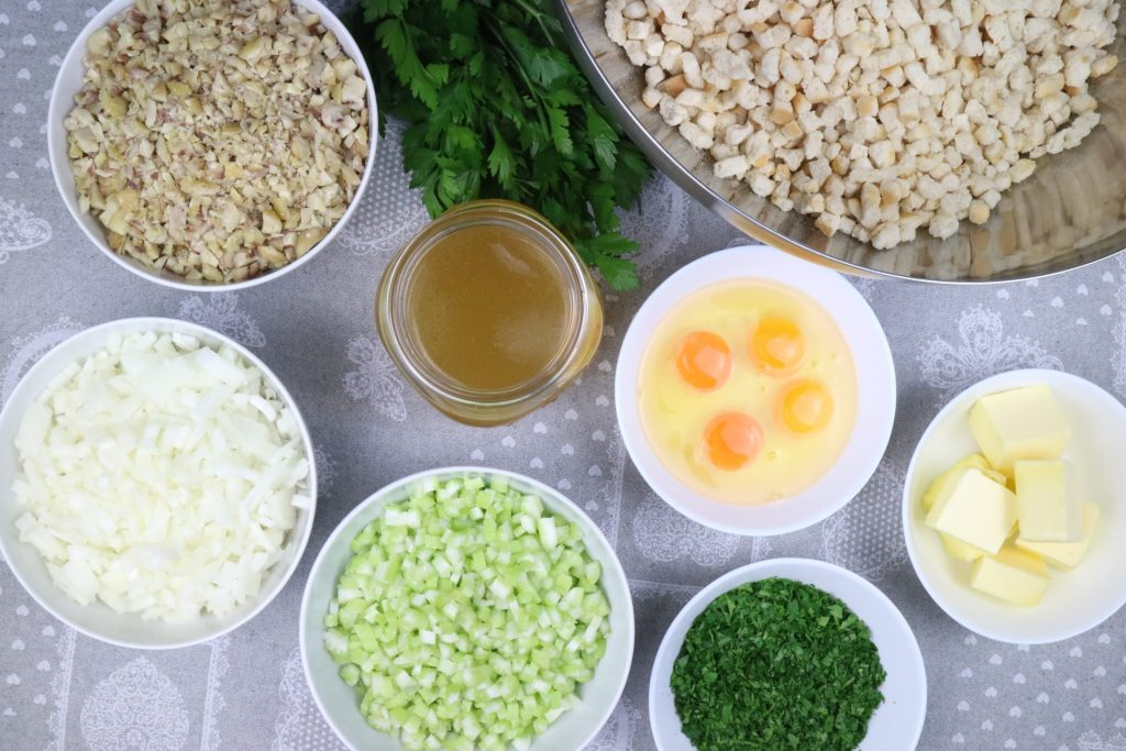 Zutaten für das Maroni Sellerie Stuffing