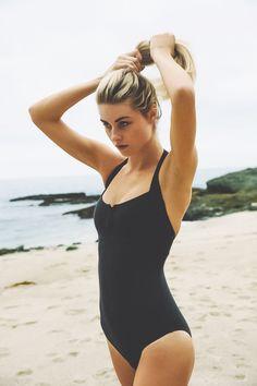 little_black_swimsuit_4