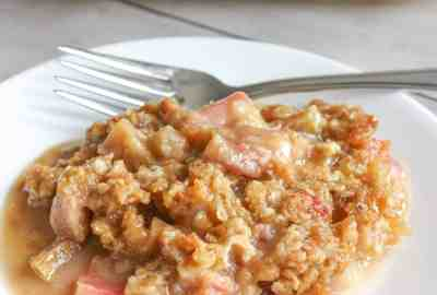 Gluten Free Rhubarb Crisp is an easy dessert that is loaded with flavour. This seasonal favourite is a very tasty way to use rhubarb and it will surprise the taste buds of those who are able to consume gluten.