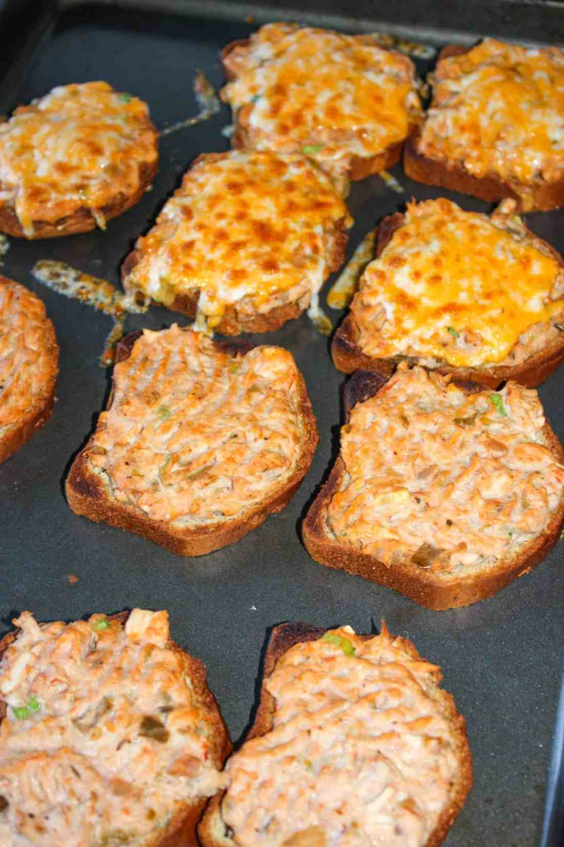 Tuna Bakes are an easy, versatile recipe that can be quickly mixed up for a hearty lunch.