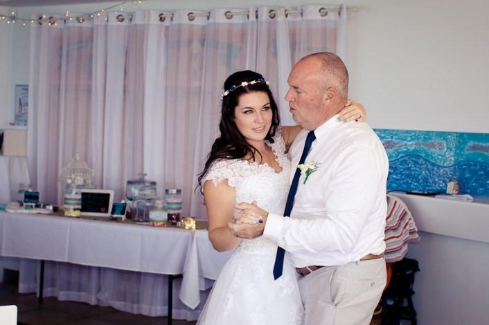 currumbin vikings wedding photographer olivia jayden kiss the groom-1163