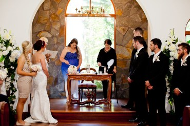 coolibah-downs-wedding-mel-alan-kiss-the-groom-photography-0409