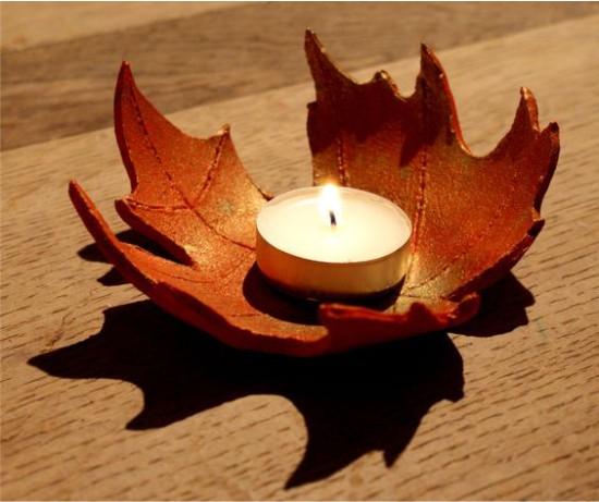 ฤดูใบไม้ร่วงเชิงเทียนทำจากดินโพลิเมอร์