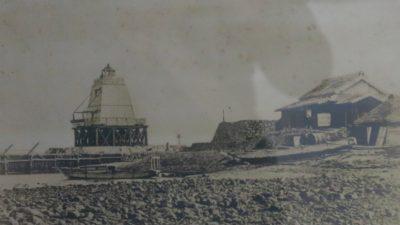 貴重な写真で解明した【白洲灯台】の謎
