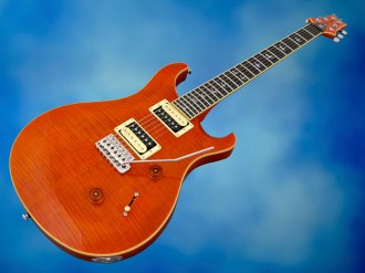 PRS SE Custom 24 30th Ann – beauty shot 1