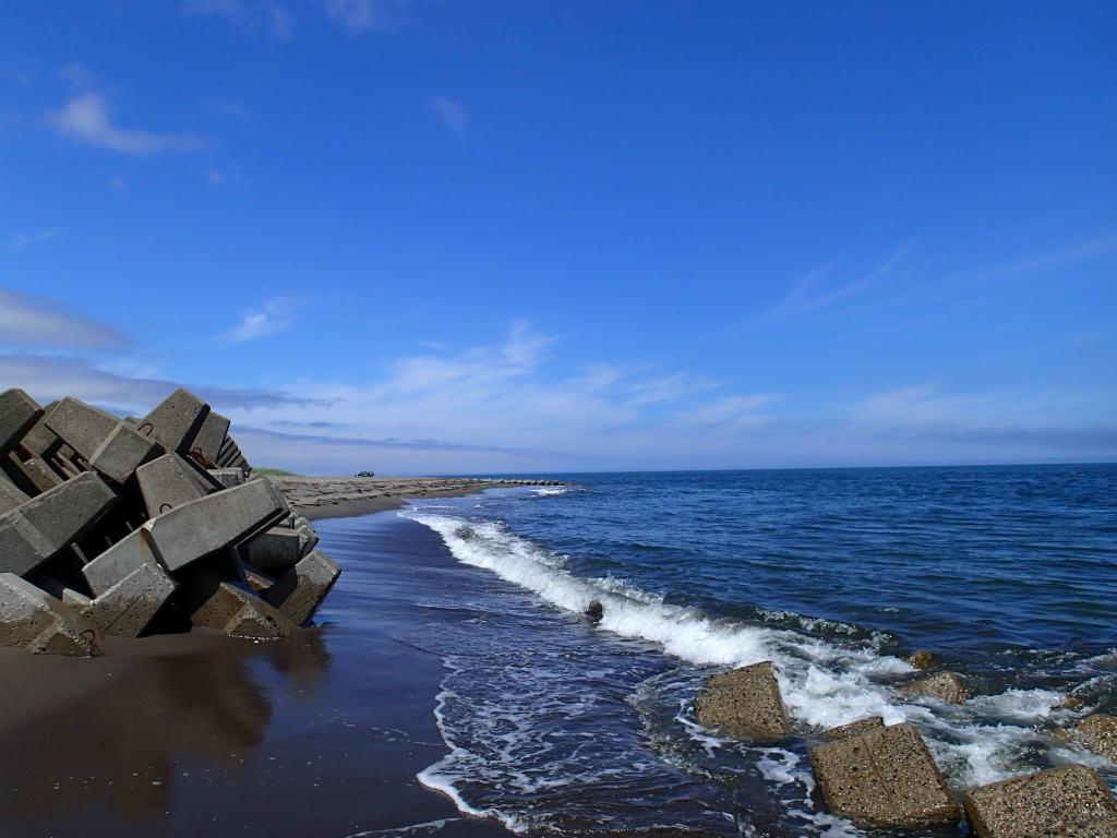 道東の夏!7月のサーフ!海アメマスの釣り方おもしろ動画あり!