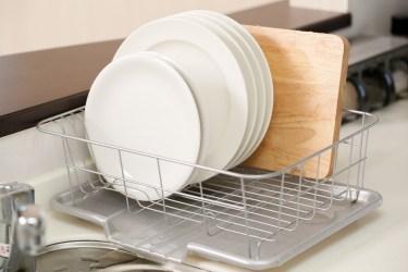 食器の水切りラックの掃除方法!水垢や黒カビはこれで綺麗に