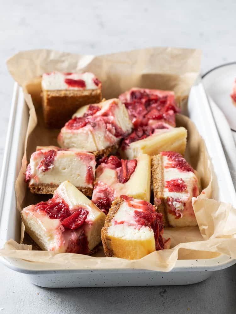 A pan of cheesecake bars