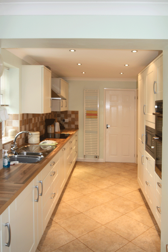 Cream Shaker Kitchen  Think kitchen and Bathroom  Stokesley  Think Kitchens Northallerton
