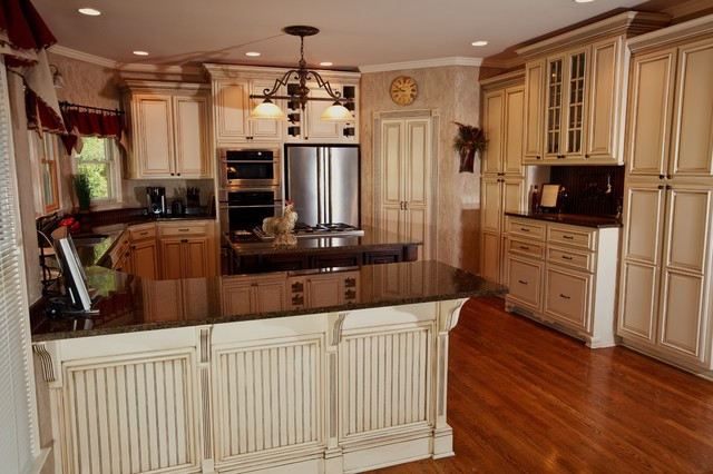 glazed kitchen cabinets utensil cabinet glazing america west refinishing click the button below to set up your free consultation today