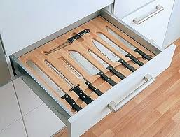 Knife-drawer