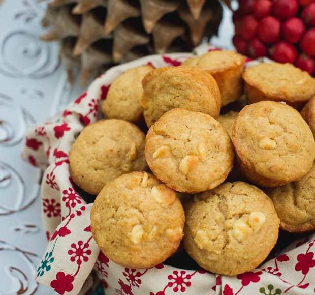 White Chococolate Graham Cracker Muffins | Kitchen Confidante
