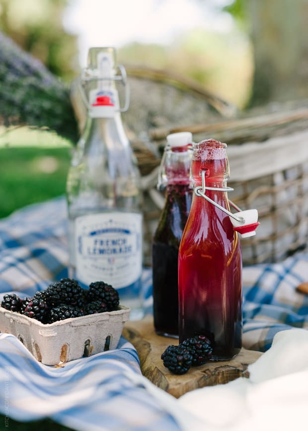 Blackberry Shrub Lemonade | www.kitchenconfidante.com