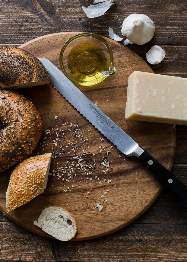 Garlic Parmesan Bagel Chips | www.kitchenconfidante.com