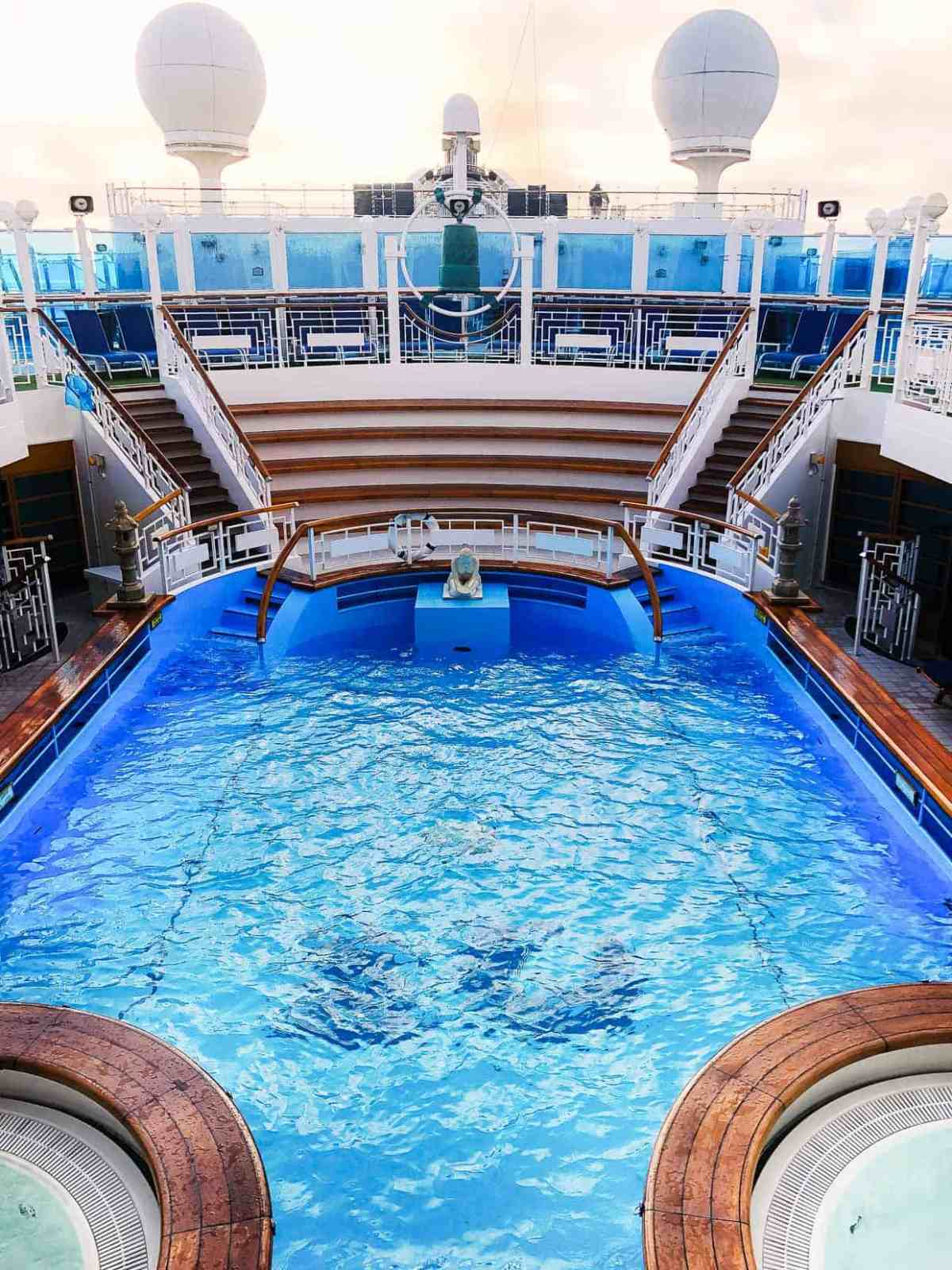 Spa Pool on the Ruby Princess.