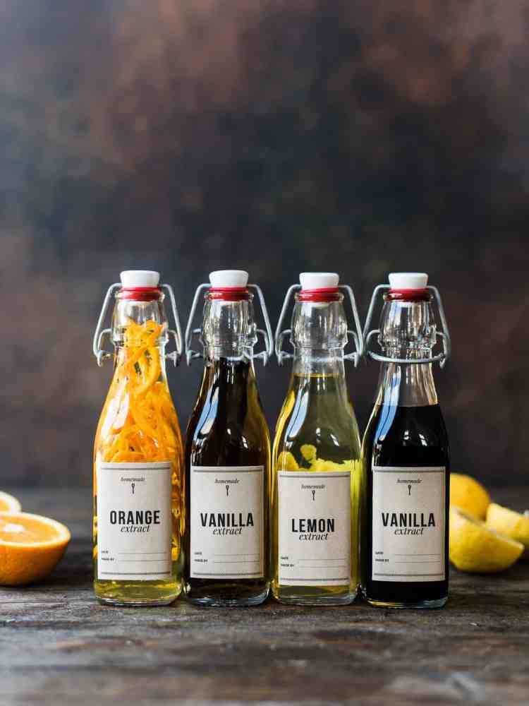 How to Make Vanilla Extract and More Homemade Extract, lemon extract and orange extract with printable labels.