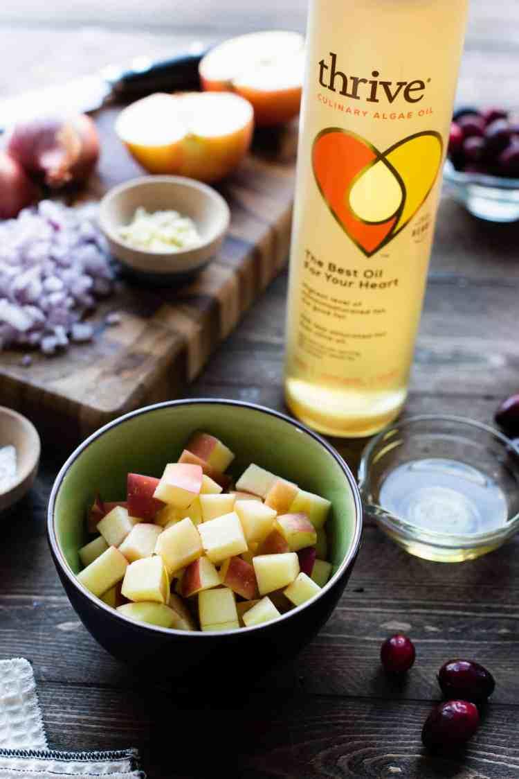 Thrive Algae Oil is used to make Roast Pork Loin with Apple Chutney.